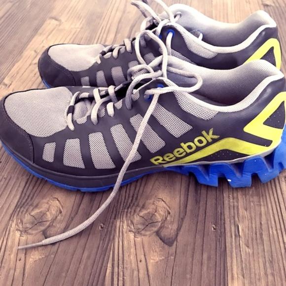 best sneakers a1966 22dd3 M 5cb7a3b49ed36d41441f0511